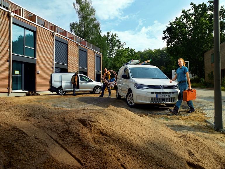 Σε δύο παραλλαγές αμαξωμάτων διατίθεται τo ανανεωμένο Volkswagen Caddy Van 5ης γενιάς