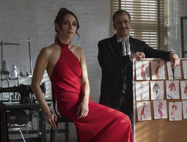 Θέλεις κομψότητα και sexiness; Φόρεσε ένα halter dress!
