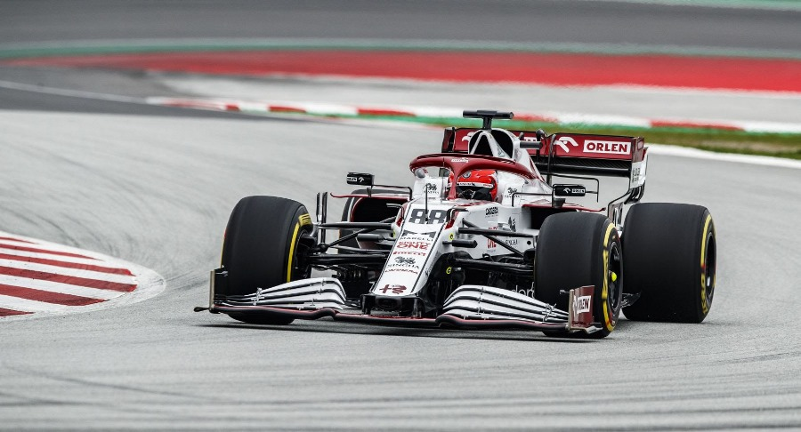 Έτοιμος για δράση ο Robert Kubica στην πίστα της Βαρκελώνης με την Alfa Romeo Racing ORLEN