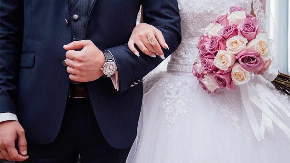 Κρήτη – κορωνοϊός: Οργή από τους επιχειρηματίες για τα 100 άτομα σε γάμους και βαπτίσεις