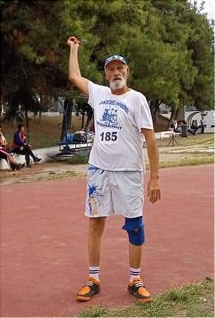 Συμεών Ρομπές: Διασώστης ετών 80, με μετάλλια στον στίβο και τον εθελοντισμό