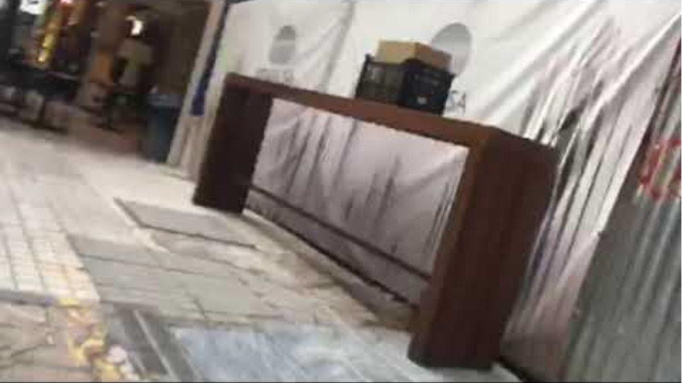 Βίντεο: Γέμισαν τα καφέ στο κέντρο το πρώτο Σάββατο επαναλειτουργίας της εστίασης