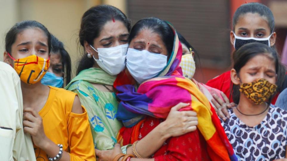 Κορωνοϊός – Ινδία: Νέο θλιβερό ρεκόρ αύξησης κρουσμάτων – Πάνω από 410.000 το περασμένο 24ωρο