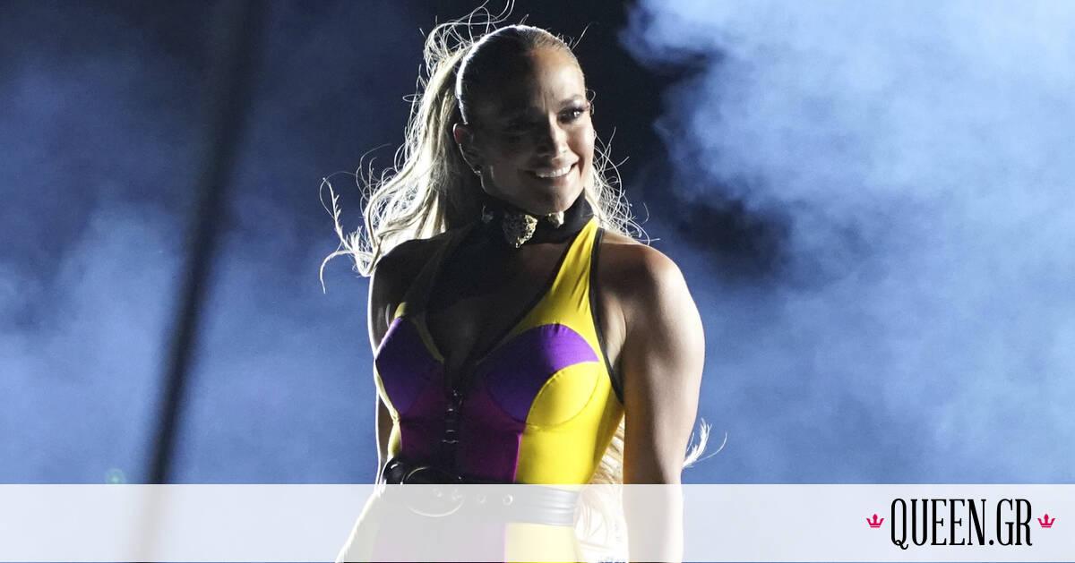 Τα too hot to handle outfits της Jennifer Lopez στη μεγάλη της συναυλία