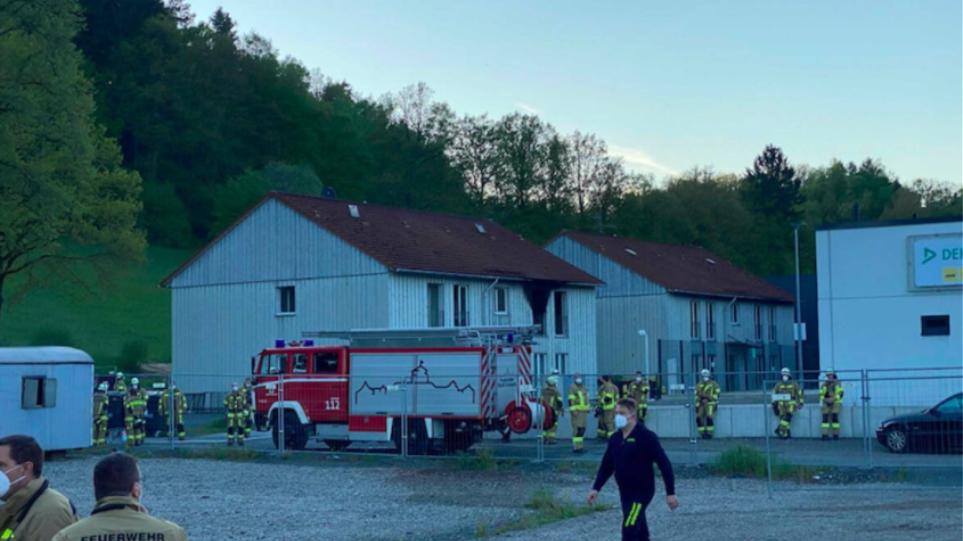 Γερμανία: Νεκροί νεαρή γυναίκα και νήπιο εξαιτίας πυρκαγιάς σε κέντρο υποδοχής αιτούντων άσυλο