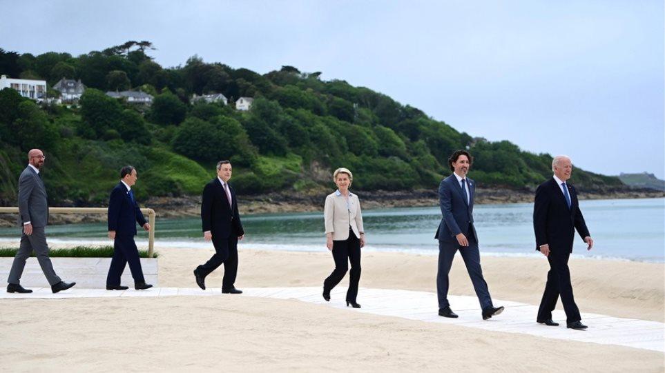 Βρετανία: Η βασίλισσα Ελισάβετ παρέθεσε δεξίωση στους ηγέτες της G7