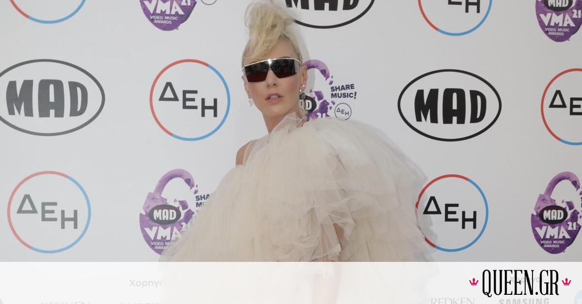 MAD VMA 2021: Η Τάμτα με mini dress από τούλι και vintage γυαλιά ηλίου