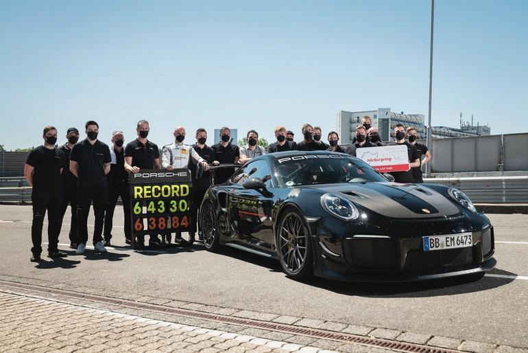 Νέο ρεκόρ γύρου έκανε η Porsche στην πίστα του Nürburgring