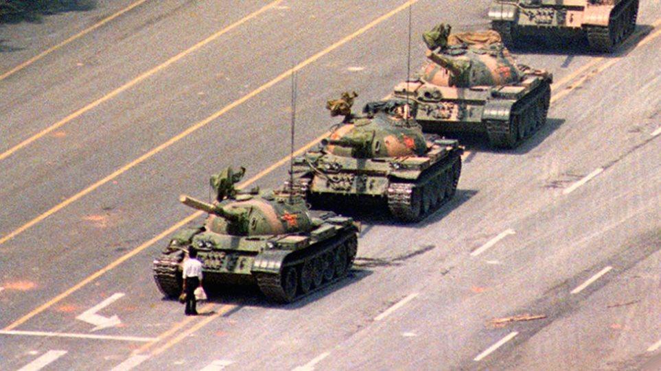 Γιατί εξαφανίστηκε η ιστορική φωτογραφία του Tank Man από τη μηχανή αναζήτησης του Bing