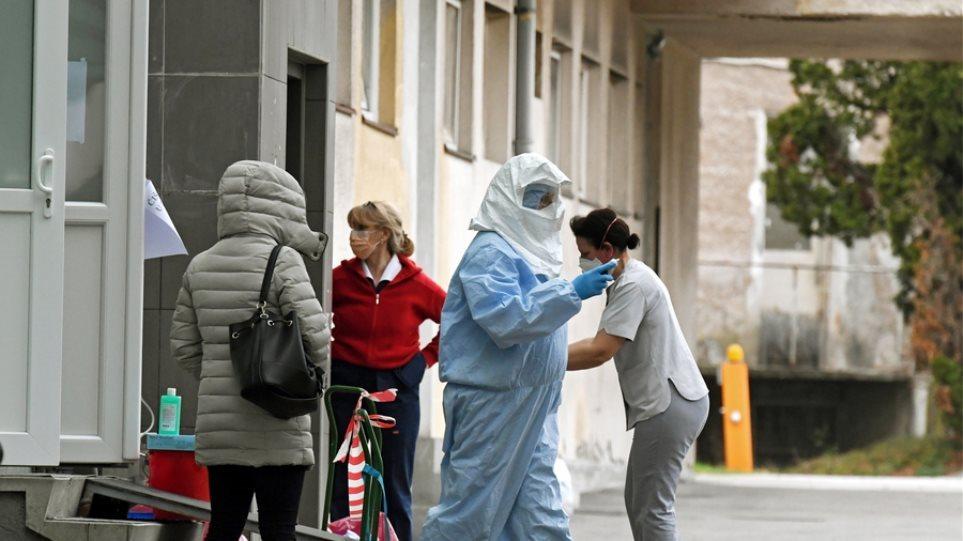 Κορωνοϊός – Γερμανία: Πλησίασαν τις 5.000 οι μολύνσεις – Υπέκυψαν 179 ασθενείς σε μία μέρα