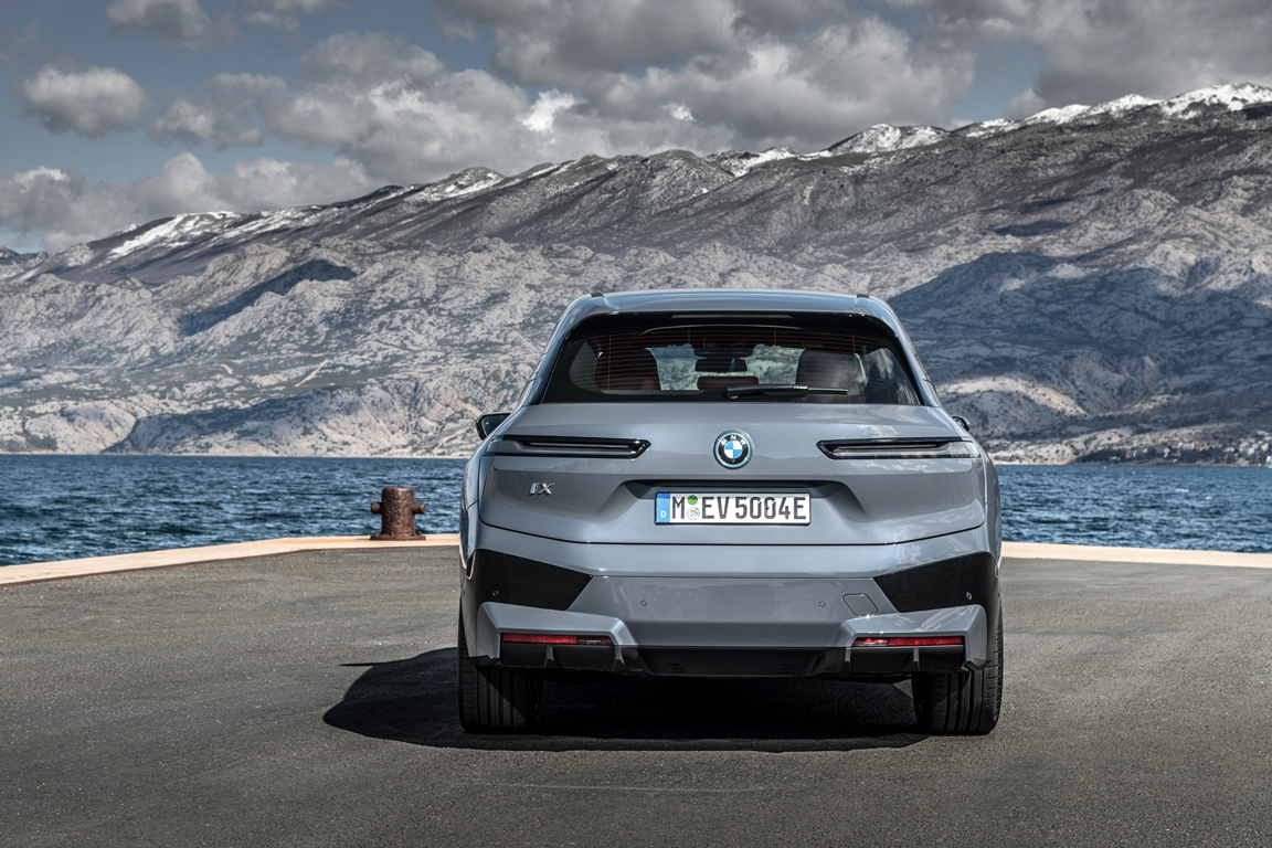 Σε δύο εκδόσεις η ηλεκτρική BMW iX- Θα παρουσιασθεί τον Νοέμβριο 2021