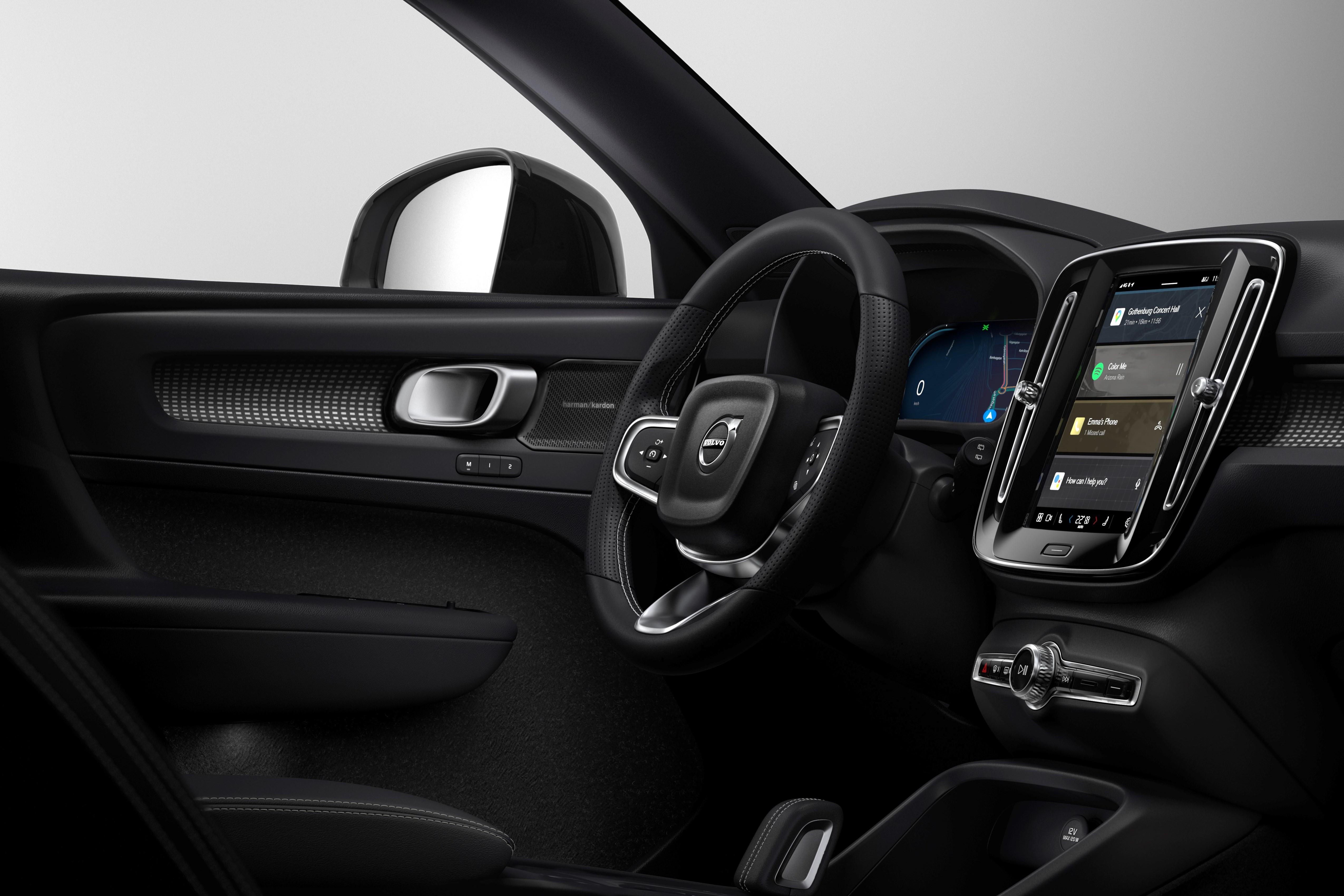 Το νέο ηλεκτρικό Volvo XC40 Recharge στους δρόμους της Χαλκιδικής