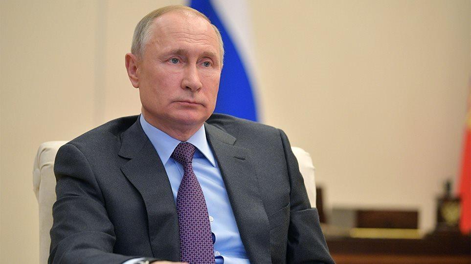 Κορωνοϊός – Βλαντιμίρ Πούτιν: Αποκάλυψε με ποιο σκεύασμα εμβολιάστηκε