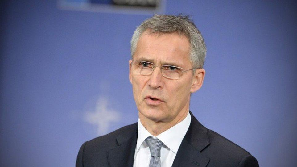 ΝΑΤΟ: Έλεγχο των όπλων τεχνητής νοημοσύνης ζητά ο Στόλτενμπεργκ