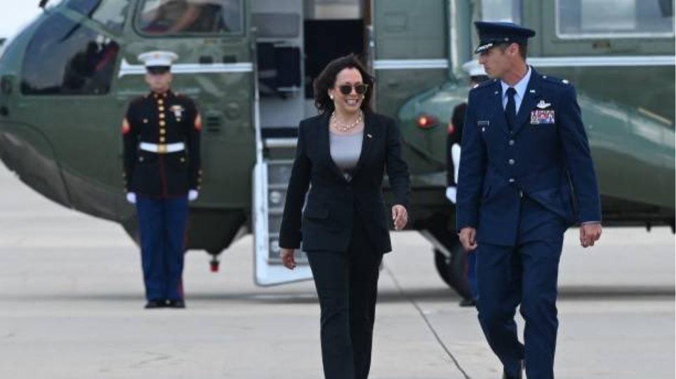 ΗΠΑ: Βλάβη στον αέρα για το αεροπλάνο της Καμάλα Χάρις – Επέστρεψε στη βάση Άντριους