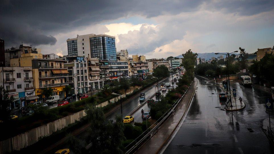 Κακοκαιρία: Καταιγίδες όλο το Σαββατοκύριακο – Ποιες περιοχές επηρεάζει