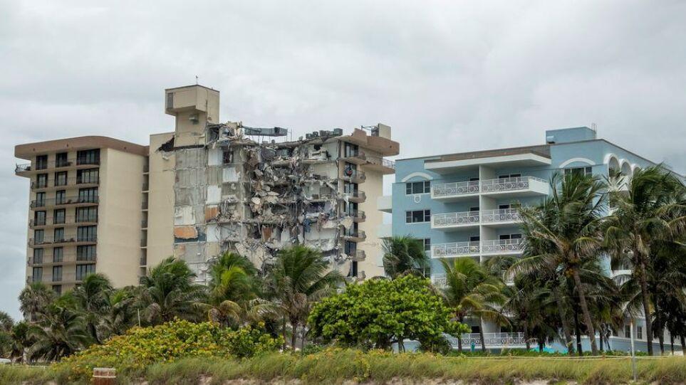 Κατάρρευση πολυκατοικίας στη Φλόριντα: Επιστήμονες προειδοποιούσαν ότι το κτήριο βυθίζεται