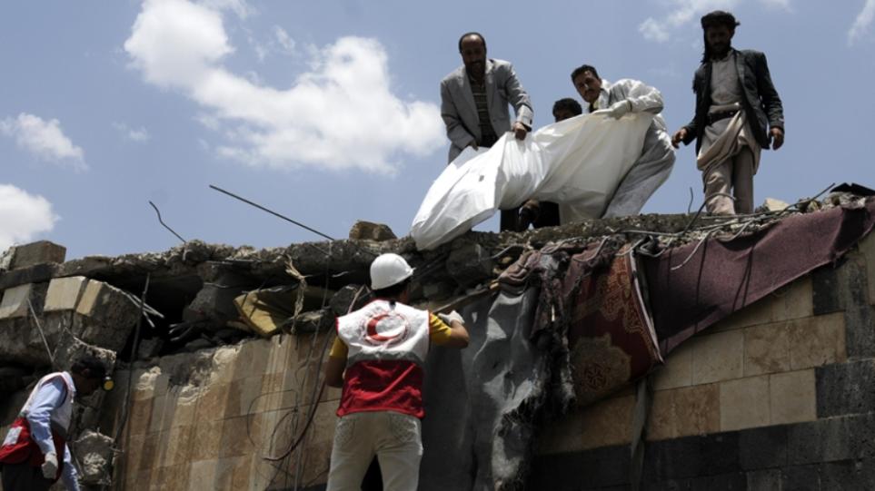Υεμένη: Τουλάχιστον οκτώ νεκροί από επίθεση των Χούτι στη Μαρίμπ
