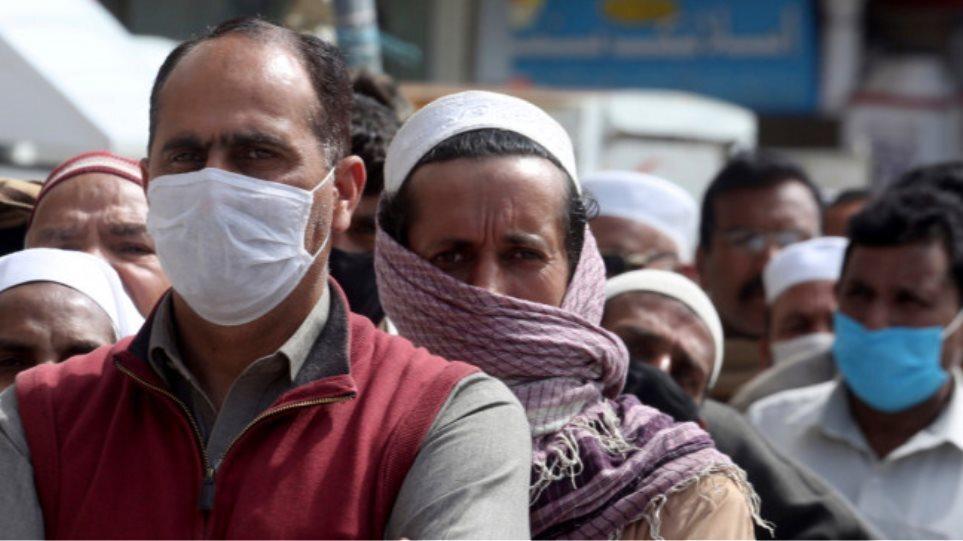 Κορωνοϊός – Πακιστάν: Μόνο για εμβολιασμένους η πρόσβαση στον δημόσιο τομέα και την εκπαίδευση
