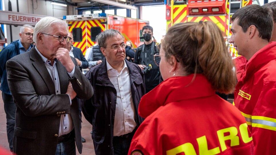 Φονικές πλημμύρες στη Γερμανία: Στάινμαγερ και Λάσετ συναντήθηκαν με διασώστες και πληγέντες