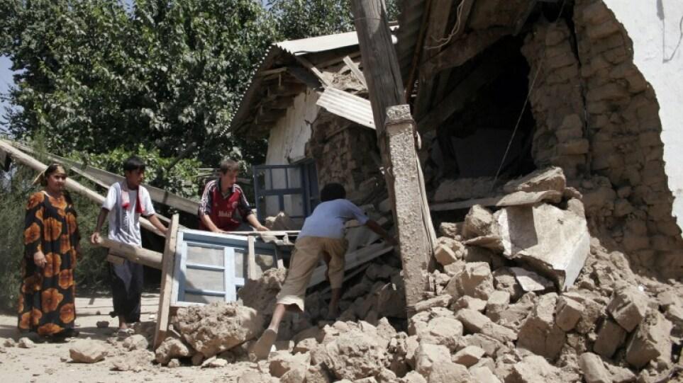 Πέντε νεκροί από σεισμό 5,9 Ρίχτερ στο Τατζικιστάν