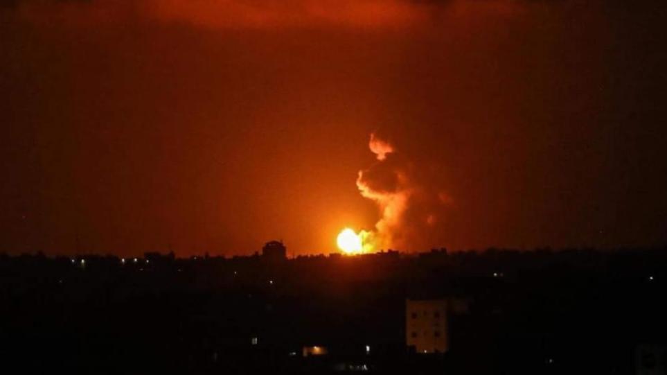 Ισραήλ: Αεροπορικά πλήγματα στη Λωρίδα της Γάζας σε αντίποινα για τα μπαλόνια με προσαρμοσμένους εμπρηστικούς μηχανισμούς