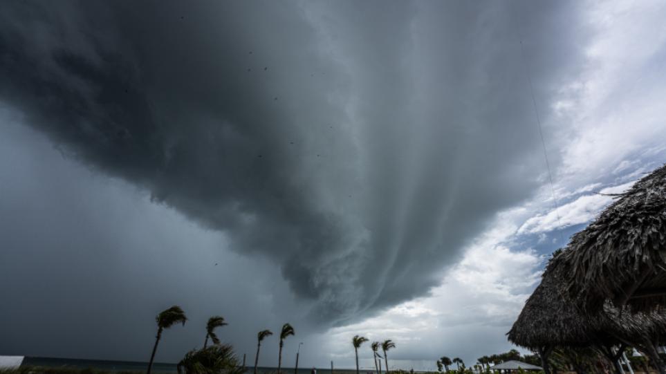 ΗΠΑ: Ξανάγινε κυκλώνας η Έλσα καθώς πλησιάζει τη Φλόριντα -Δείτε βίντεο
