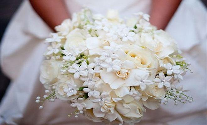 Αξέχαστη γαμήλια δεξίωση: Οι νεόνυμφοι ζήτησαν από τους καλεσμένους να πλύνουν τα πιάτα