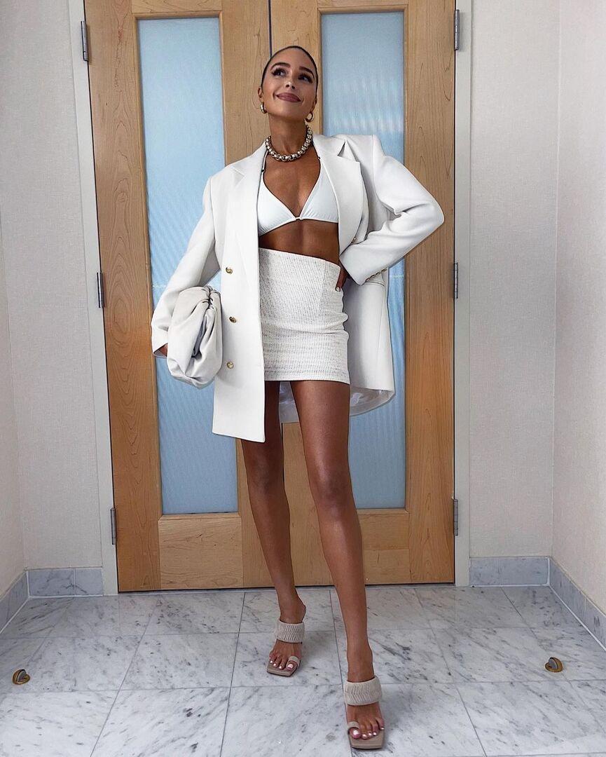 Λευκό σορτς: Πώς θα φορέσεις το απόλυτο item της σεζόν (+τα 10 ωραιότερα)