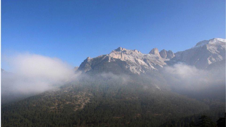Όλυμπος: Επιχείρηση της ΕΜΑΚ για τον εντοπισμό 35χρονου ορειβάτη