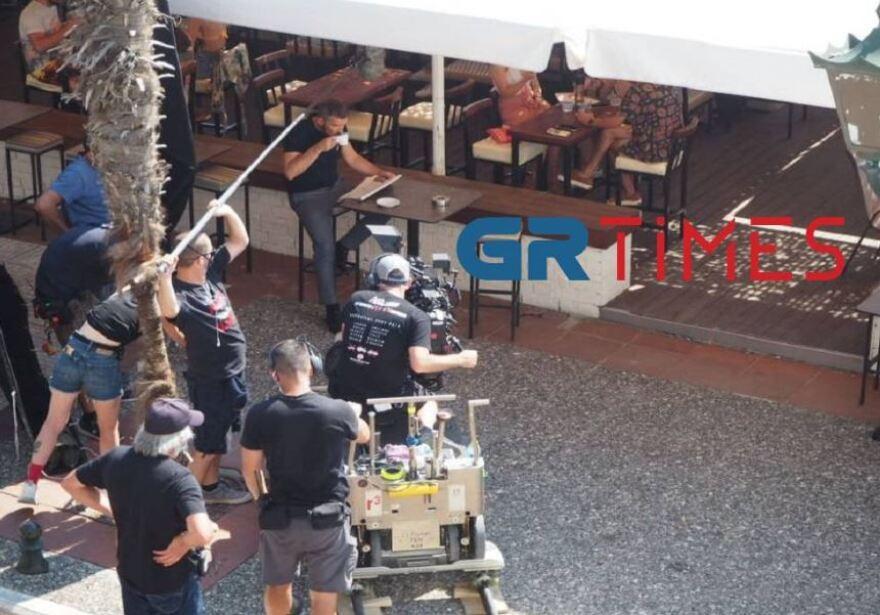 Ταινία Μπαντέρας: Συνεχίζονται τα γυρίσματα στη Θεσσαλονίκη – Τα πολυτελή αυτοκίνητα και οι νέες ετοιμασίες