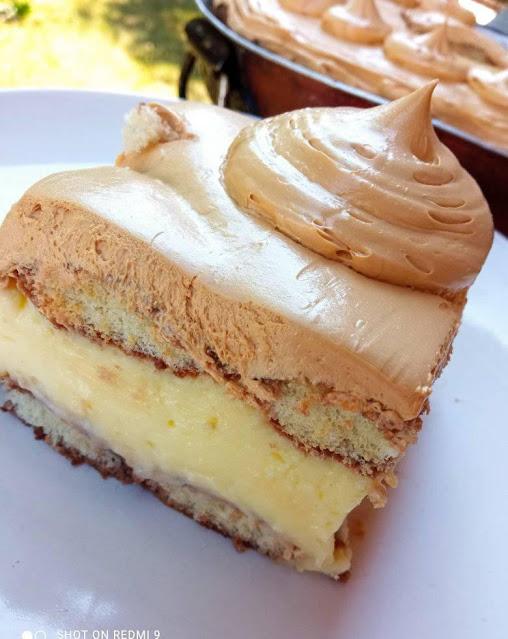 Ελαφριά γευστική πανεύκολη τούρτα με σαβαγιάρ κ κρέμα !!!!