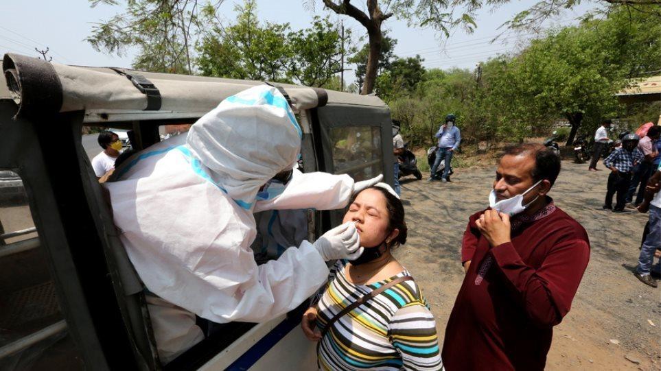 Ινδία: 416 θάνατοι καταγράφηκαν στη χώρα το τελευταίο 24ωρο λόγω κορωνοϊού