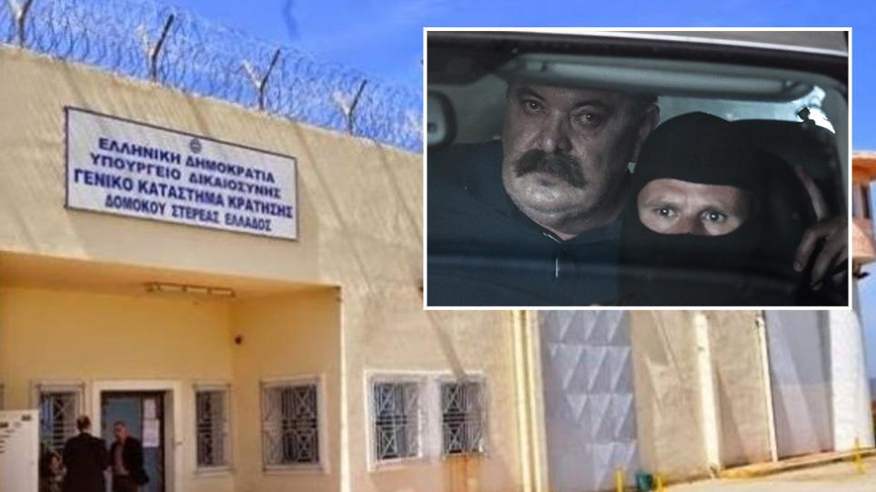 Χρήστος Παππάς: Πρώτη νύχτα στη φυλακή για τον υπαρχηγό της ΧΑ – Ζήτησε να μείνει με τον Λαγό – Μπήκε σε καραντίνα