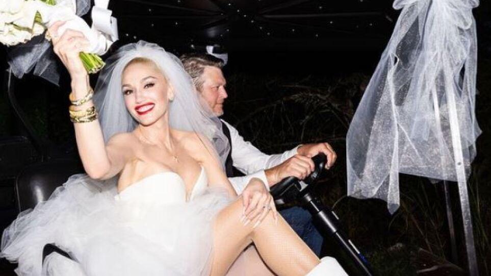 Γκουέν Στεφάνι – Μπλέικ Σέλτον: Δείτε φωτογραφίες από τον ρομαντικό γάμο τους σε ράντσο