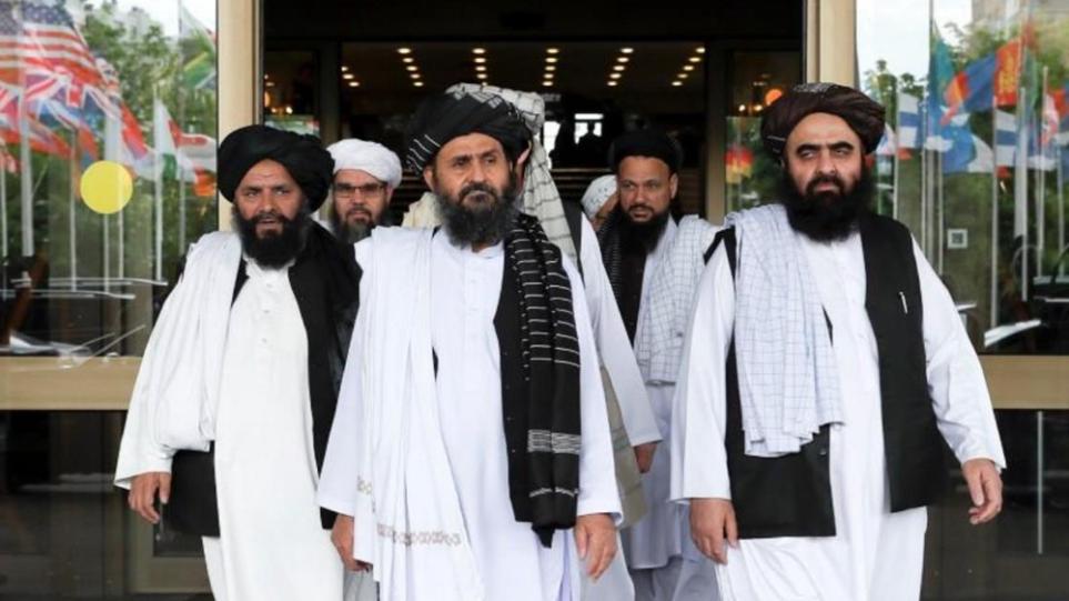 Βρετανία: «Θα συνεργαστούμε με τους Ταλιμπάν, αν ανέβουν στην εξουσία», λέει ο υπουργός Άμυνας