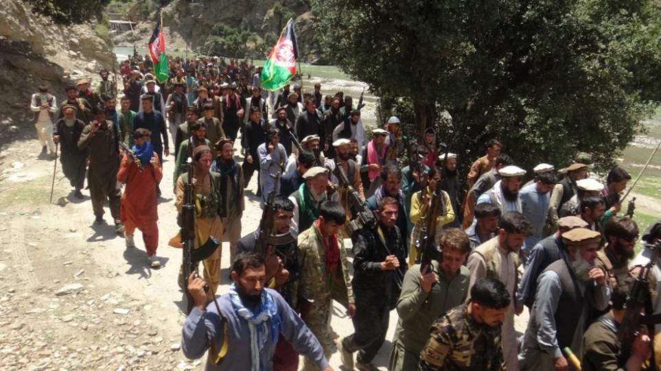 Αφγανιστάν: Οι Ταλιμπάν εκτόπισαν κατοίκους, λεηλάτησαν και πυρπόλησαν τα σπίτια τους στον βορρά – Ανησυχία στο Τατζικιστάν