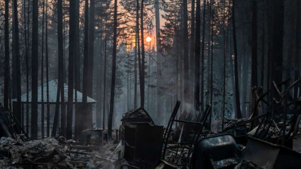 ΗΠΑ: Στο έλεος καταστροφικών πυρκαγιών η Καλιφόρνια – Δείτε βίντεο