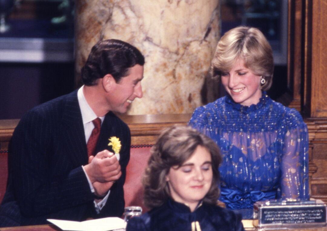 5 στοιχεία από το στυλ της πριγκίπισσας Diana που μπορείς να αντιγράψεις το 2021