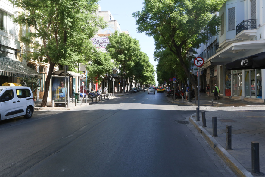 Άδεια η Αθήνα τον Δεκαπενταύγουστο – Δείτε φωτογραφίες