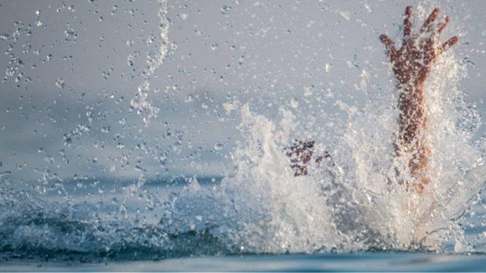 Εύβοια: Ηλικιωμένη έπαθε εγκεφαλικό, ενώ κολυμπούσε
