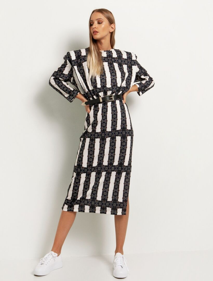 10 midi φορέματα για να πας το office look σε άλλο επίπεδο