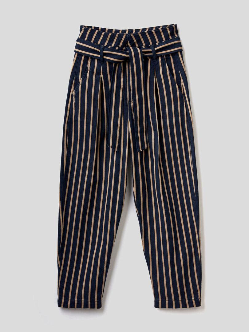 10 ψηλόμεσα παντελόνια που θα αναβαθμίσουν τις all day εμφανίσεις σου