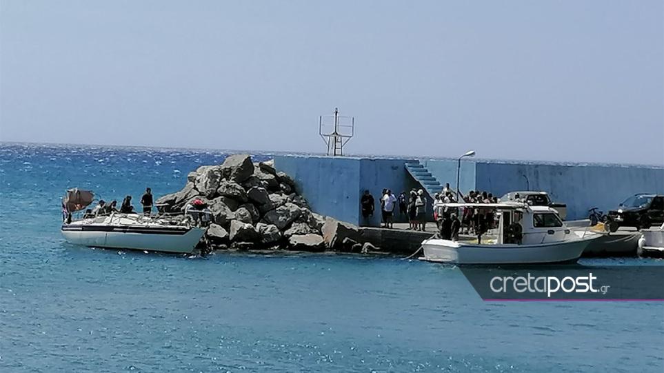 Τούρκοι ζητούν άσυλο στην Ελλάδα – Έφτασαν στην Κρήτη με ιστιοφόρο