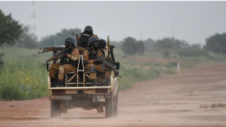 Μάλι: Δεκαπέντε στρατιώτες νεκροί σε ενέδρα στο κεντρικό τμήμα της χώρας