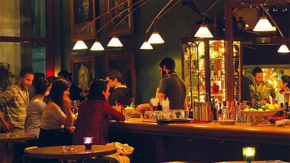 Ηράκλειο: Βαριά… καμπάνα σε μπαρ για παραβίαση των μέτρων – «Λουκέτο» για δύο μήνες