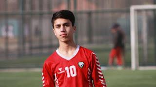 Ποδοσφαιριστής της εθνικής Αφγανιστάν σκοτώθηκε από πτώση από αμερικάνικο αεροπλάνο