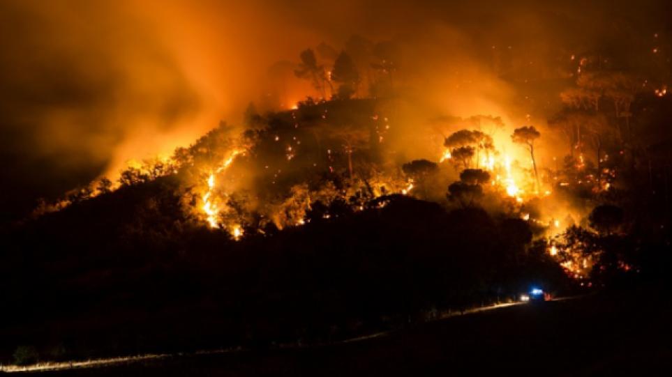 Μαρόκο: Πυρκαγιές μαίνονται σε δασικές εκτάσεις στον βορρά