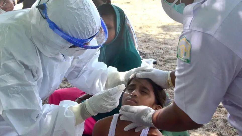 Κορωνοϊός: Ξεπέρασε τα 4 εκατομμύρια κρούσματα η Ινδονησία