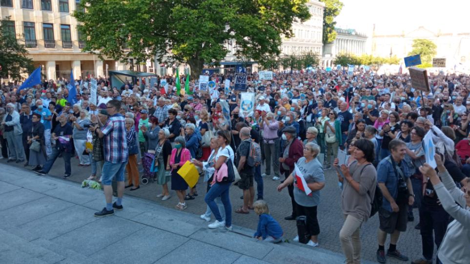 Πολωνία: Προ των πυλών η κατάρρευση του κυβερνητικού συνασπισμού